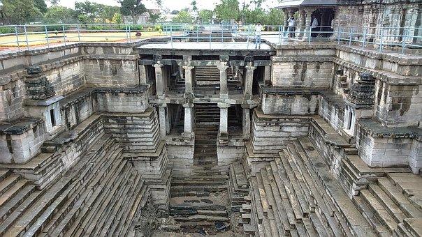 Stepwell, Muskin Bhanvi, Manikesvara Temple