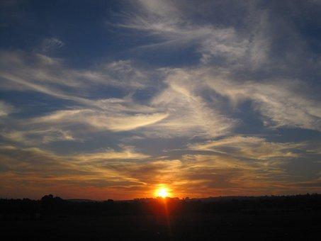 Sunset, Sun, Three Quarter Orb, White Centre, Glowing