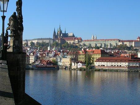 View, Moldau, Prague, Castle, Sunny, Blue, City