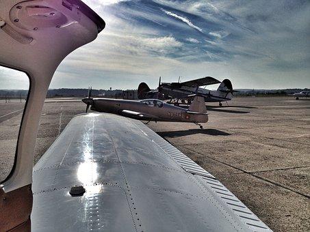 Aircraft, Piper, Aerobatics, Basel, Airport, Door, Wing