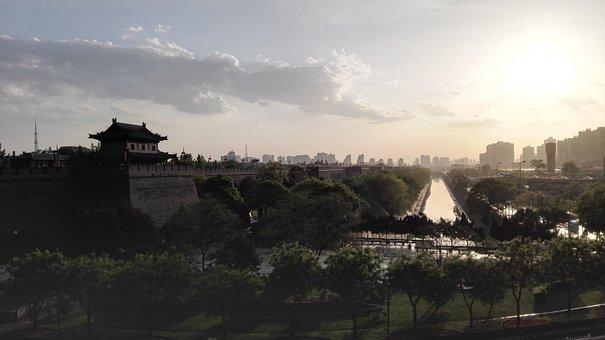 Xi'an, The City Walls, City Gate, Moat, Twilight