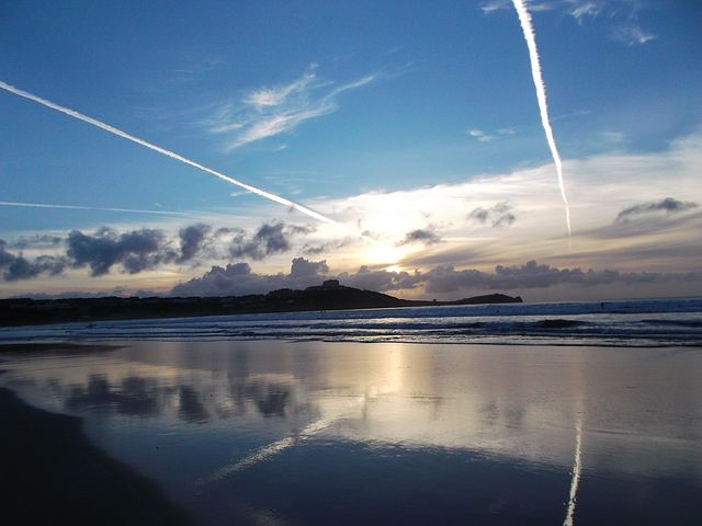 Vapour Trail, Sky, Blue, Reflection, Sea, Beach