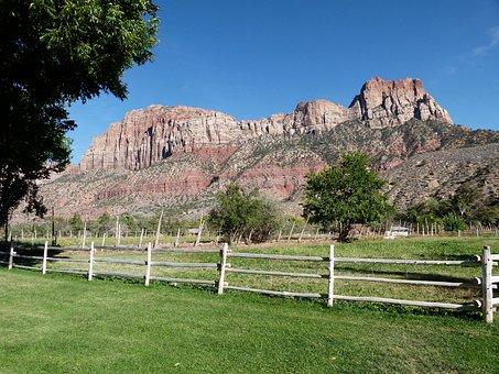 Zion National Park, Utah, Usa, Tourist Attraction