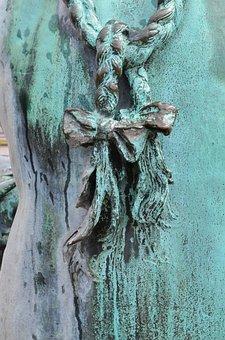 Braids, Grinding, Plaits, Bronze, Bronze Statue, Statue