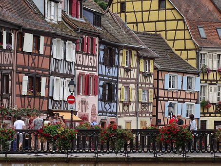 Fill Up, Alsace, Houses