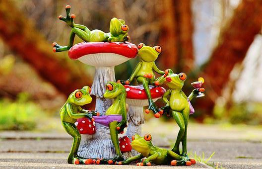 Frogs, Mushrooms, Figures, Group, Funny, Cute, Animals