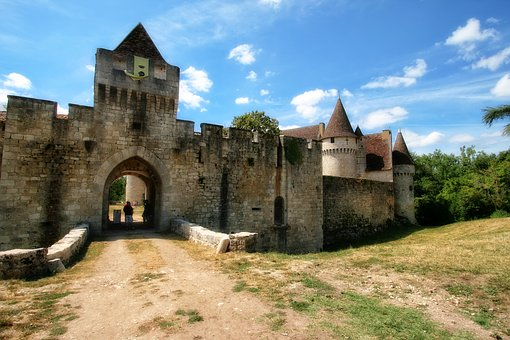 France, Dordogne, Périgord, Castle Bridoire