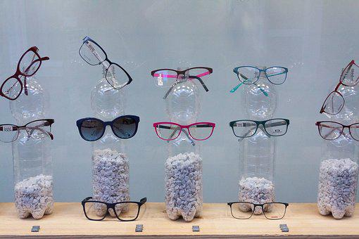 Glasses, Window, Plastic Bottle, Presentation