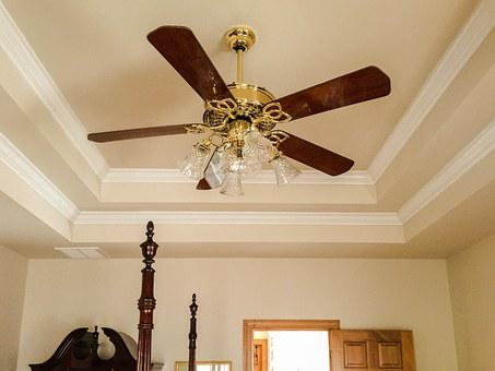 Ceiling Fan, Tray Ceiling, Crown Molding, Light Fixture