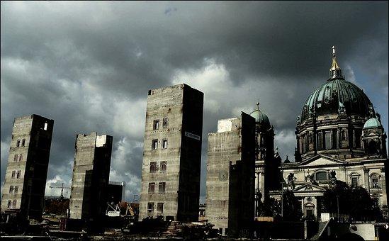 Ruins, Ruin, Palace Of The Republic, Berlin