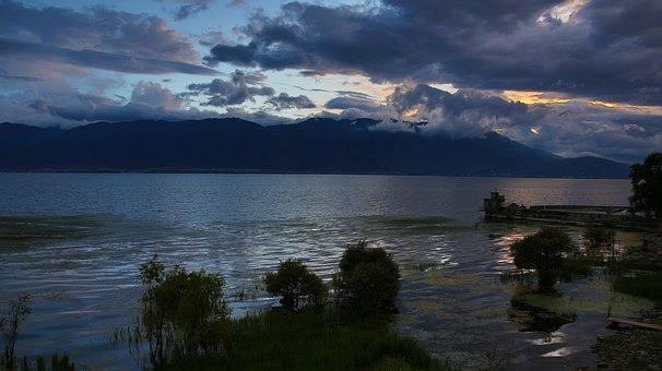 In Yunnan Province, Dali, Cangshan, Erhai Lake