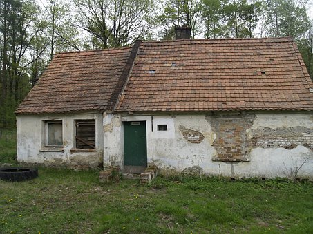 Cottage, Crash, Old House, House In The Woods