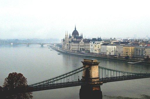 Budapest, Black And White, Metro, Evening, Night, Speed