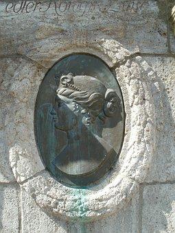 Relief, Bronze, Luisenbrunnen, Saarbruecken, Germany