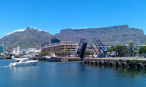 South Africa, Cape Town, Waterfront, Table Mountain