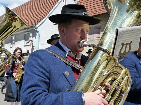 Tuba, Brass Band, Move, Orchestra, Instrument, Costume
