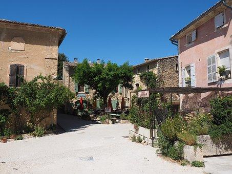 Oppede-le-vieux, Artists Village, Village, France