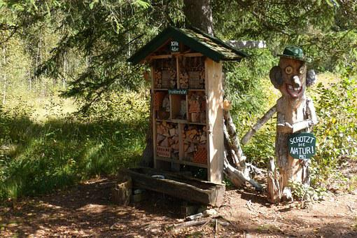 Insect Hotel, Nature Conservation