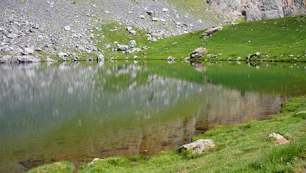 Water, Lake, High Mountain, Pyrénées, France