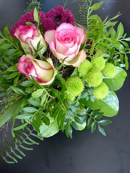 Flowers, Strauss, Roses, Pink, Green, Beautiful