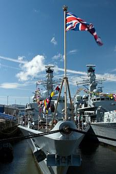 Hms Northumberland, Royal Navy Frigate, 900 Tonnes