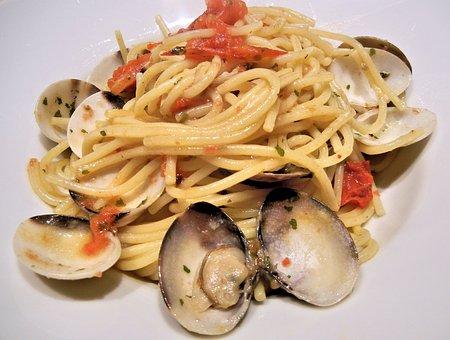 Clams, Spaghetti, Tomatoes, Olive Oil, Basil, Food