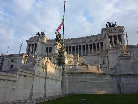 Italy, Rome, Monumento
