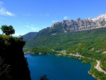 Lake, Blue, Water, Landscape, Nature, Reservoir Bubal
