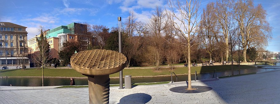 Düsseldorf, Kö Bow, Park, Düsseldorf's Hofgarten