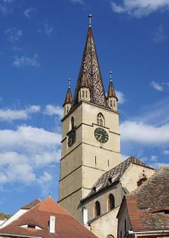 Evangelical Cathedral, Sibiu, Romania, Architecture