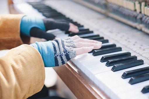 Blur, Close-up, Gloves, Hand, Instrument, Keyboard