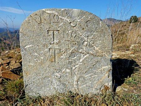 Milestone, Fita, Stone, Municipal District