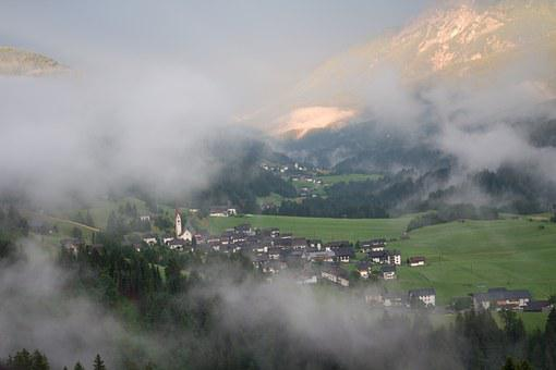 St Lorenzen, Lesachtal, Carinthia, Austria, Village