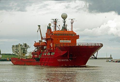 Shipping, River Tyne, Rig Vessel