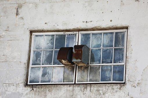 Wall, Windows, Ventilation, Quebec, Damaged