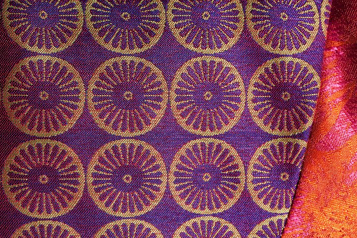 Tissue, Woven, Rosettes, Violet, Gold, Glazed Includes