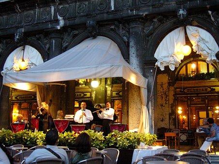 Café, Piazza San Marco, St Mark's Square, Lounge