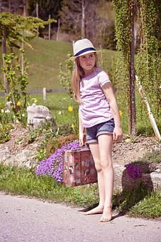 Human, Person, Child, Girl, Blond, Barefoot, Luggage