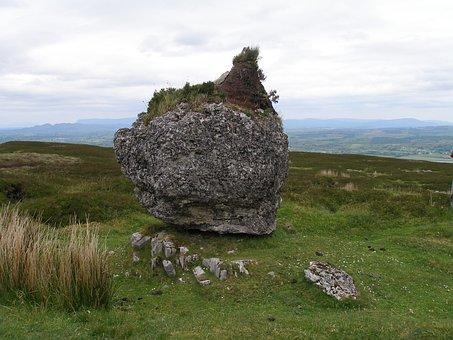 Carrowkeel Cairns, Ireland, Megaliths, Celts