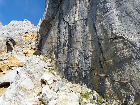 Gamsängersteig, Climbing, Hunter Wall, Aid, Shoring