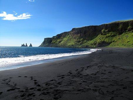 Vík í Mýrdal, Black Sand Beach, Southern, Iceland