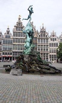 Antwerp, Bronze Statue, Brabobrunnen, Grand Place