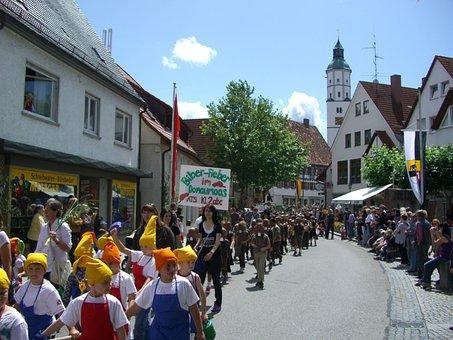 Langenau Children's Festival, Donaumoos, Move
