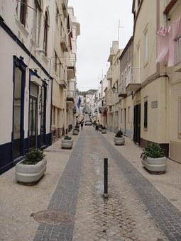 I Nazaré, Portugal, Street