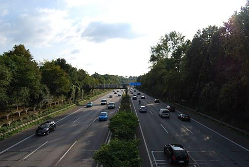 Highway, Expressway, Roadway, A40, Traces, Speed