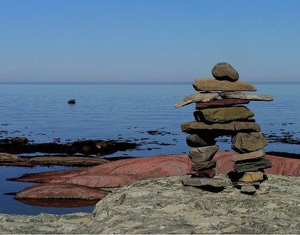 Inukshuk, Stones, Roche, Water, River, Québec, Canada