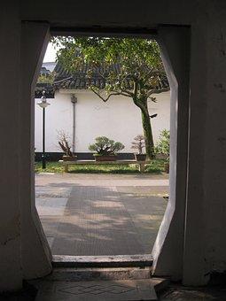 Suzhou, Carved Building, Door, Threshold
