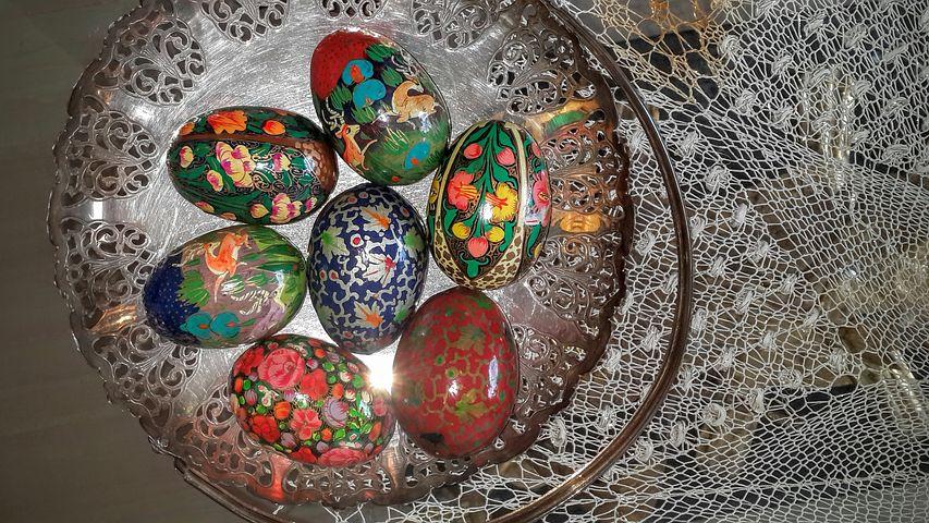 Eggshell, Idea, Tables