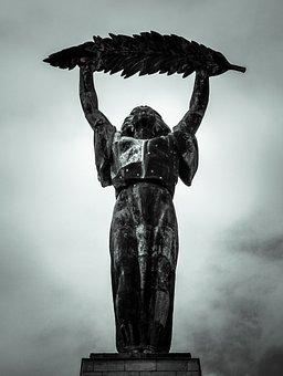 Statue, Bronze, Bronze Statue, Budapest, Gellért Hill