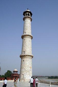 Minaret, Taj Mahal, Yamuna River, Agra, India